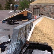 thatched roof, shingle roof, flat roof, clay tile roof